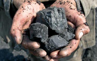 Cuisiner au charbon lié à un risque accru de maladies oculaires