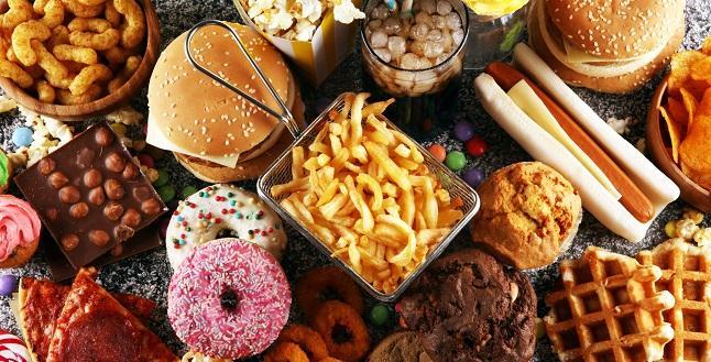 Pizza, jambon, hot dog… ces aliments font chuter votre espérance de vie