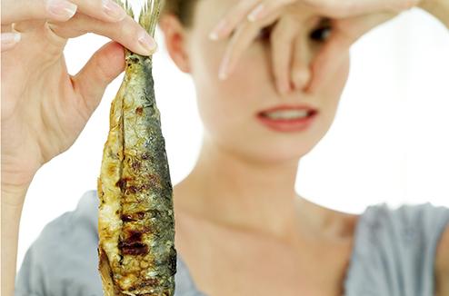 Conseil de pro : l'astuce toute simple pour bien choisir un poisson frais