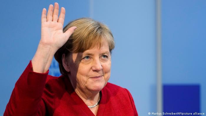 Qu'attendre de son remplaçant ou de sa remplaçante à la chancellerie pour les relations franco-allemandes ?