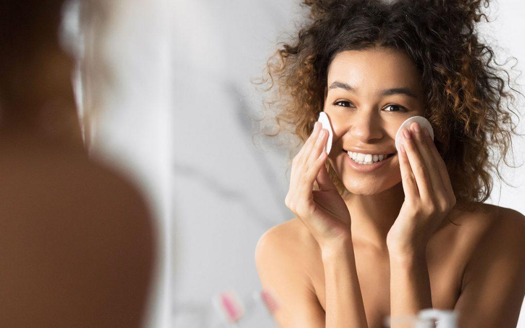 Rituel beauté du soir : les 5 étapes à suivre pour avoir une belle peau
